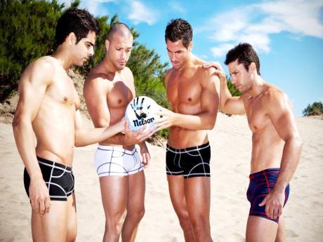 Narciso-Underwear-Campaña-Náufragos2013-Burbujas-De-Deseo-015