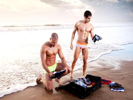 Narciso-Underwear-Campaña-Náufragos2013-Burbujas-De-Deseo-08
