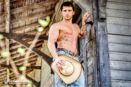 Hot Cowboy - Photography by Gary Taylor (12)